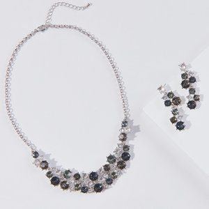 Swarovski Crystals Necklace Earrings Set